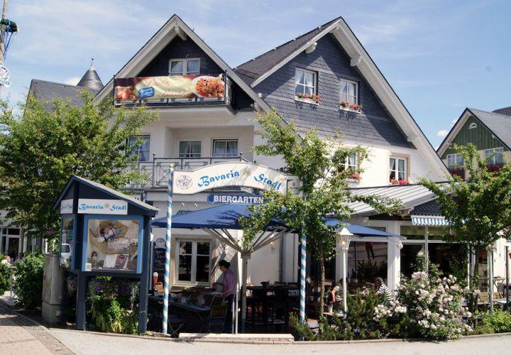 Wilde Oktoberfest Gangbang Party im Bayern Land